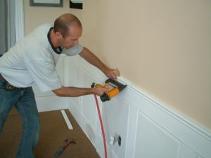 installing_wainscoting